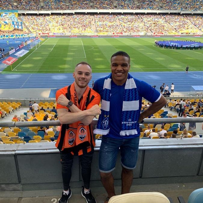 Верняев и Беленюк посетили матч. Фото: instagram.com/zhanbeleniuk