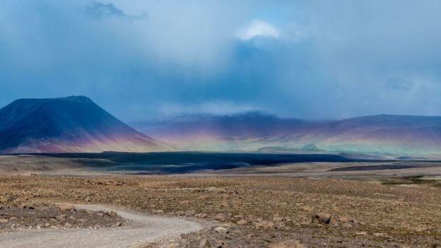 Ледник находился прямо на вершине вулкана. Фото: JOSH OKUN