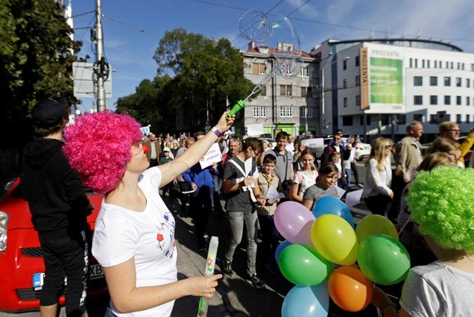 Десятки тысяч жителей Словакии выступили против абортов [фото]