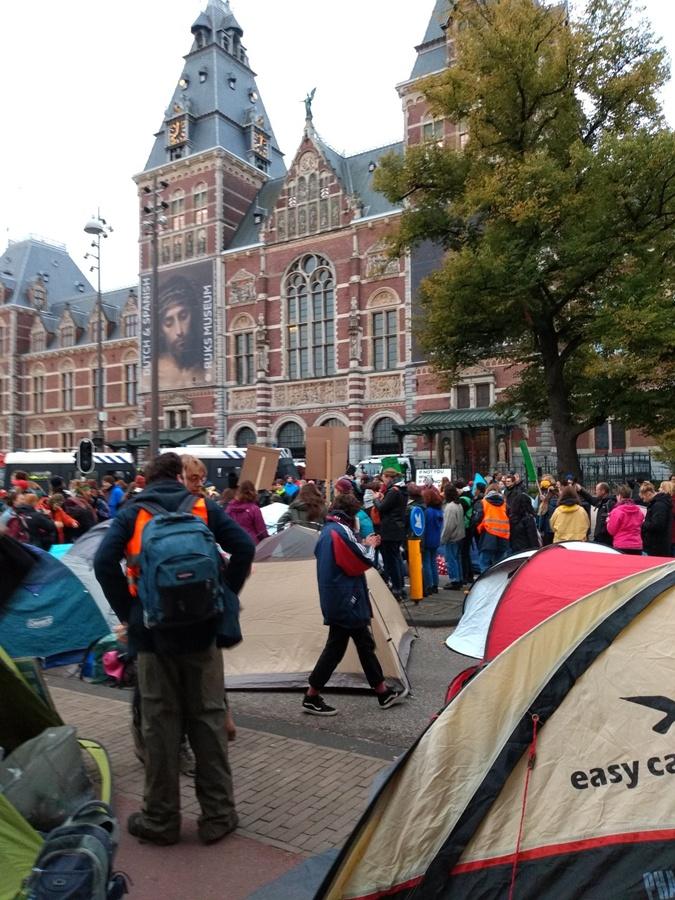 Борцы за экологию устроили всемирный протест: кто они такие и чего хотят фото 3