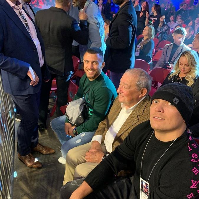 Василий Ломаченко, Боб Арум и Александр Усик в Филадельфии. Фото: instagram.com/lomus_official