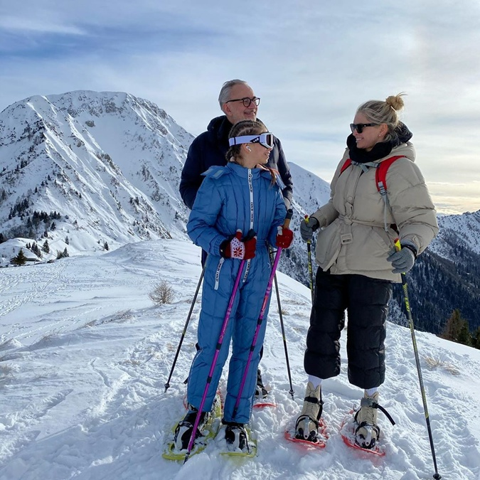 Константин Меладзе, Вера Брежнева и ее дочь Сара - отличное горнолыжное трио.