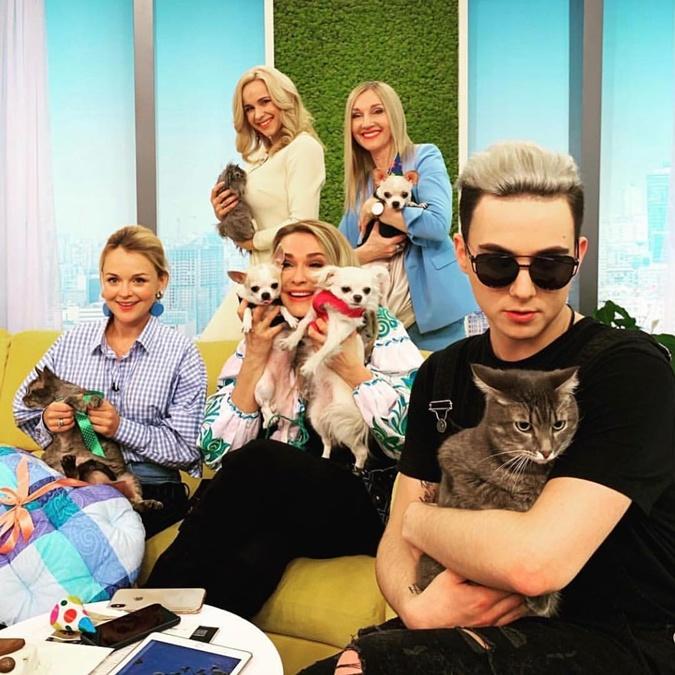 MELOVIN с котом Цитрусом уже появлялся на телевидении. Фото: Instagram