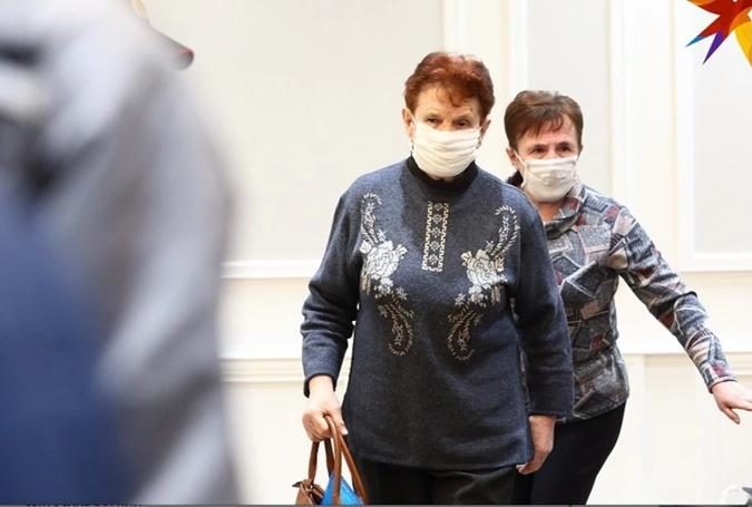 Мать погибшей. Фото: Комсомольская правда