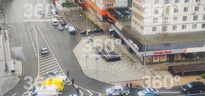 Правоохранители задержали захватчика отделения банка в России: заложника освободили [фото, видео]