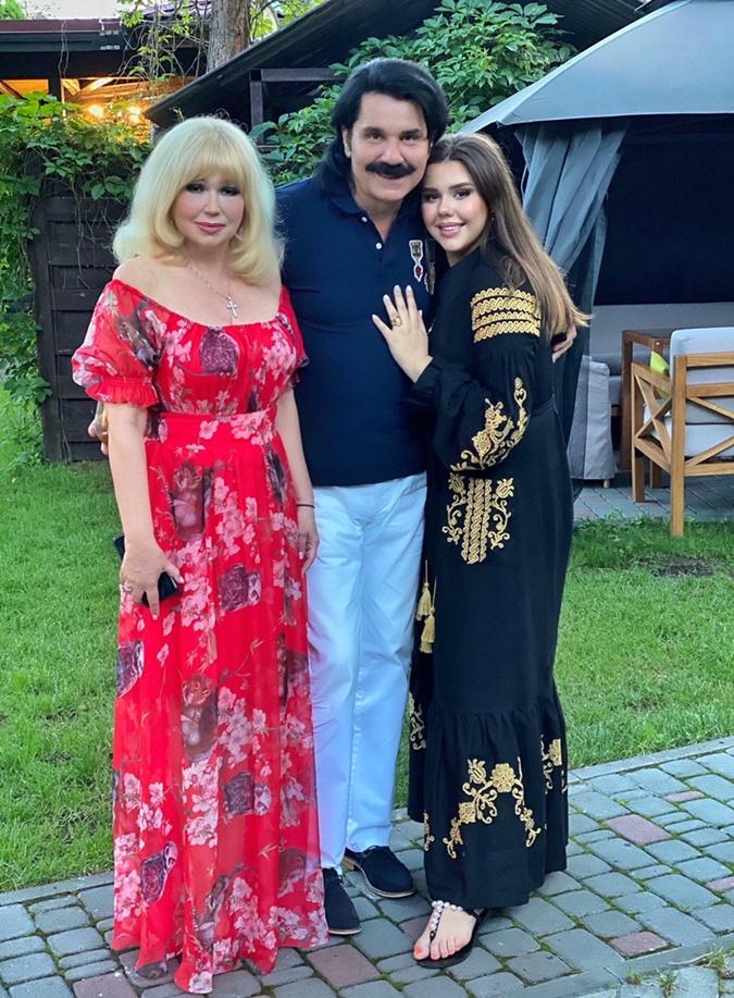 Павел Зибров: Отказался выступать в Одессе. Бардак, когда 500 человек танцуют без масок