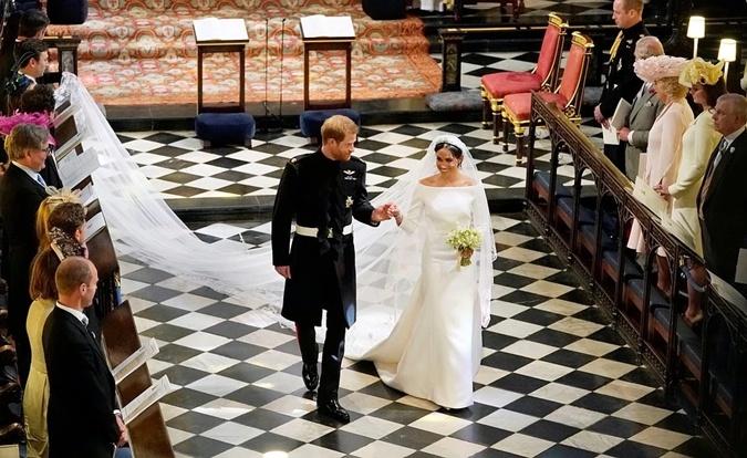 Свадьба принца Гарри и Меган Маркл была дорогой, но окупилась за счет туризма.