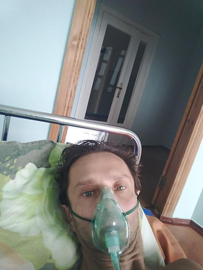 Администратор аккордеониста Завадского: Есть надежда, что вместе с пневмонией у Игоря исчезнет и ВИЧ