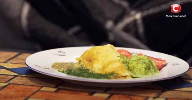 Рецепт цветных равиоли с лососем от героини шоу