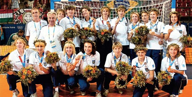 Медалисты – в 2004 году наши девушки принесли Украине единственную за всю историю медаль в командных соревнованиях.