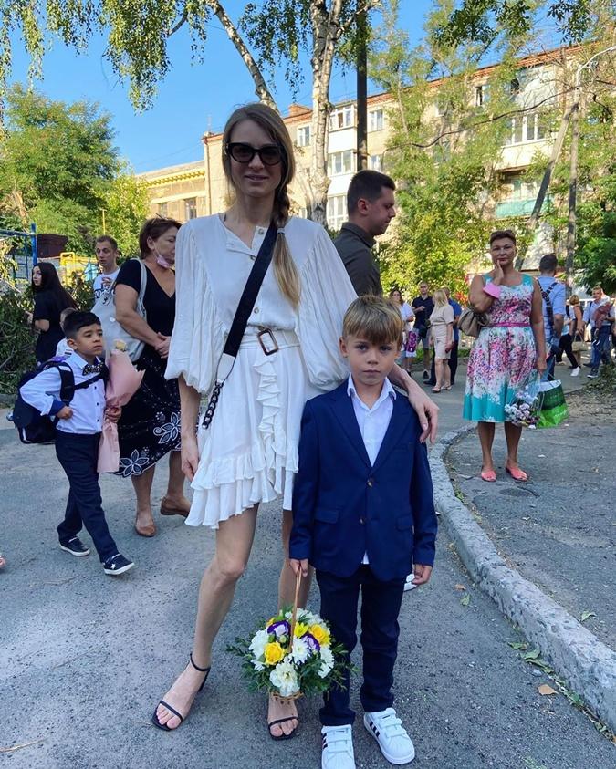 Ольга Жуковцова-Кияшко с сыном. Фото: instagram.com/zhukovtsova_kiyashko