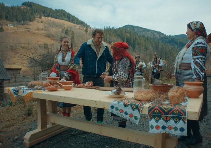 В селе Топильче борщ готовят с гуслянкой и двумя видами мяса.