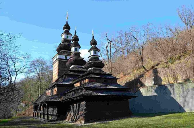 В Праге сгорела украинская церковь