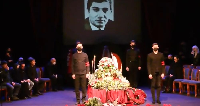 Проститься с Джигарханяном пришли Киркоров-старший, Харатьян и Розенбаум фото 1
