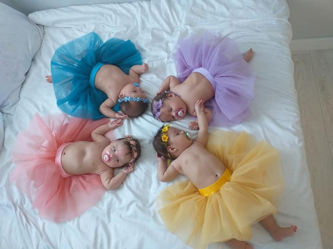 Мама близняшек-четверняшек: Привыкаешь смотреть в четыре стороны одновременно фото 3