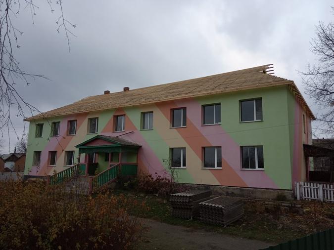 Недавно начавшаяся реконструкция одного из детских садов.