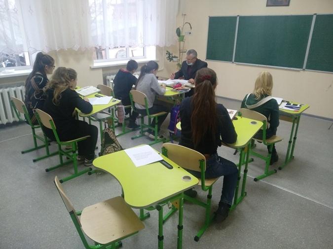 Михаил Кулик надеется, что дети после школы не уедут из ОТГ, а останутся здесь.