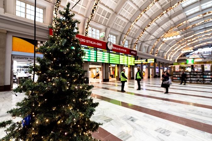 Вводить жесткий локдаун на Рождество не будут. Надеются на общественную сознательность.