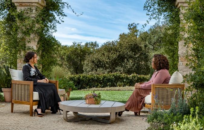 Тайная свадьба, расизм во дворце и мысли о суициде. Главное из интервью Меган Маркл и принца Гарри  фото 1
