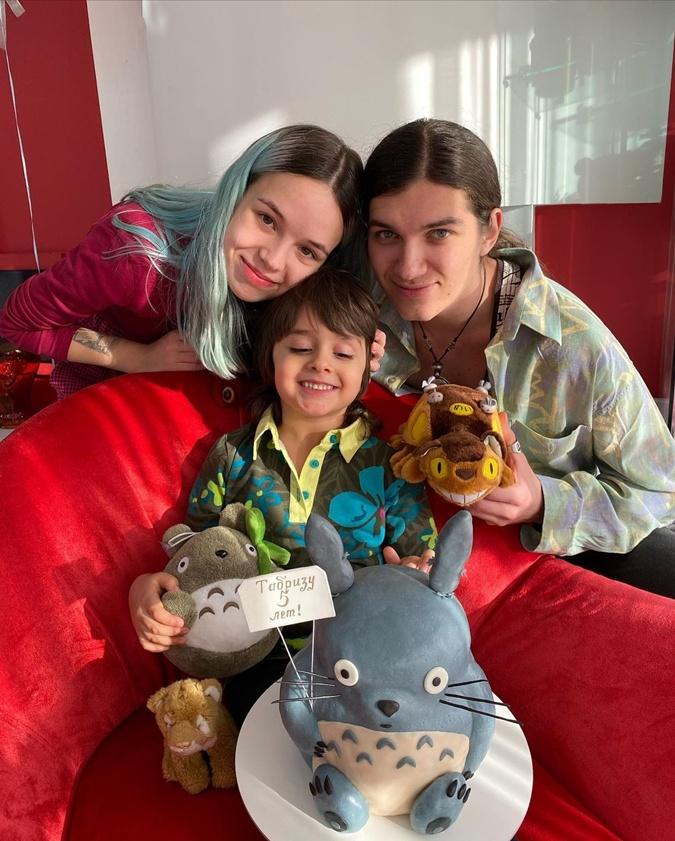 По стопам звездных родителей: сын Сумской стал актером, а сын Билык играет на барабанах фото 3