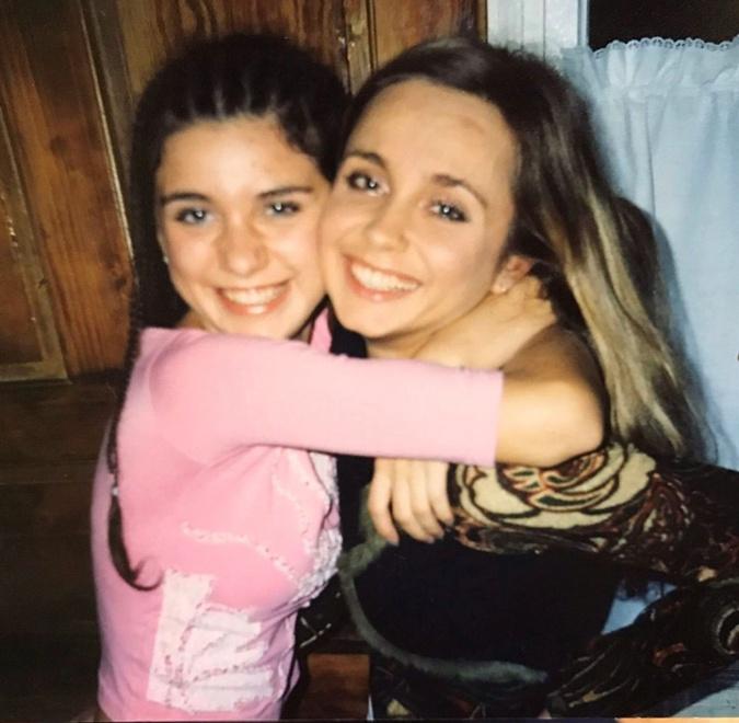 Лилия Ребрик с сестрой