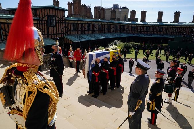 похороны мужа британской королевы