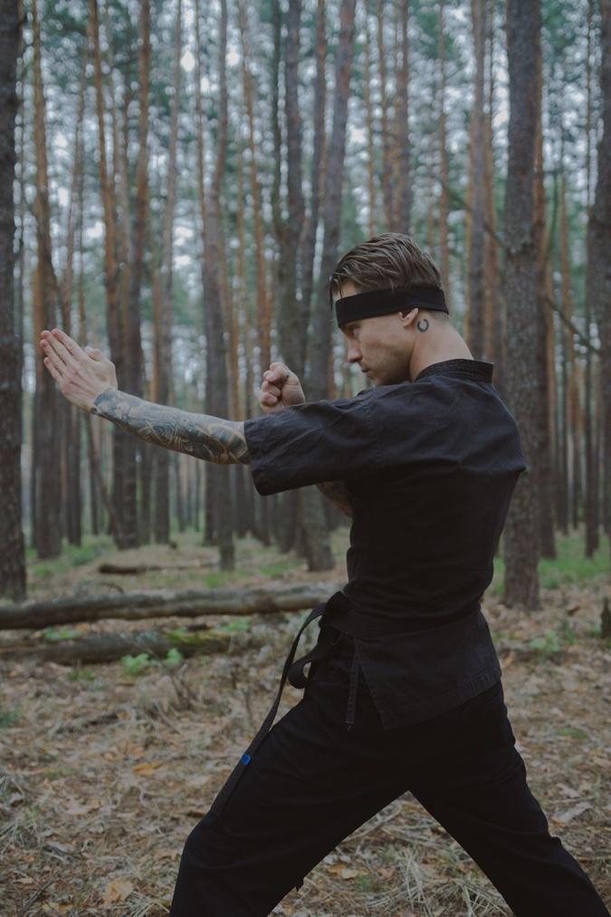 Артем Пивоваров практикует китайское боевое искусство вин-чун. Фото: Личный архив Пивоварова