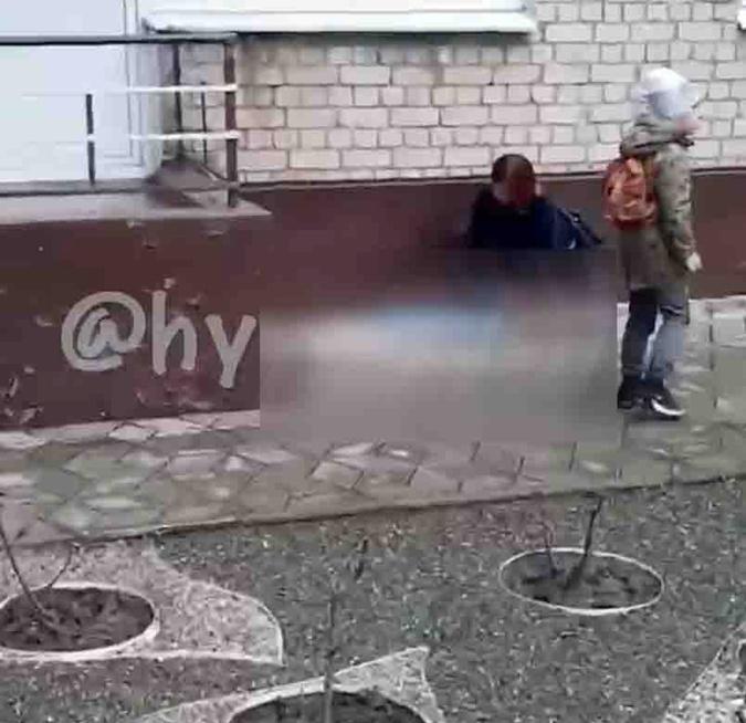 Запорожье, ребенок выпал из окна