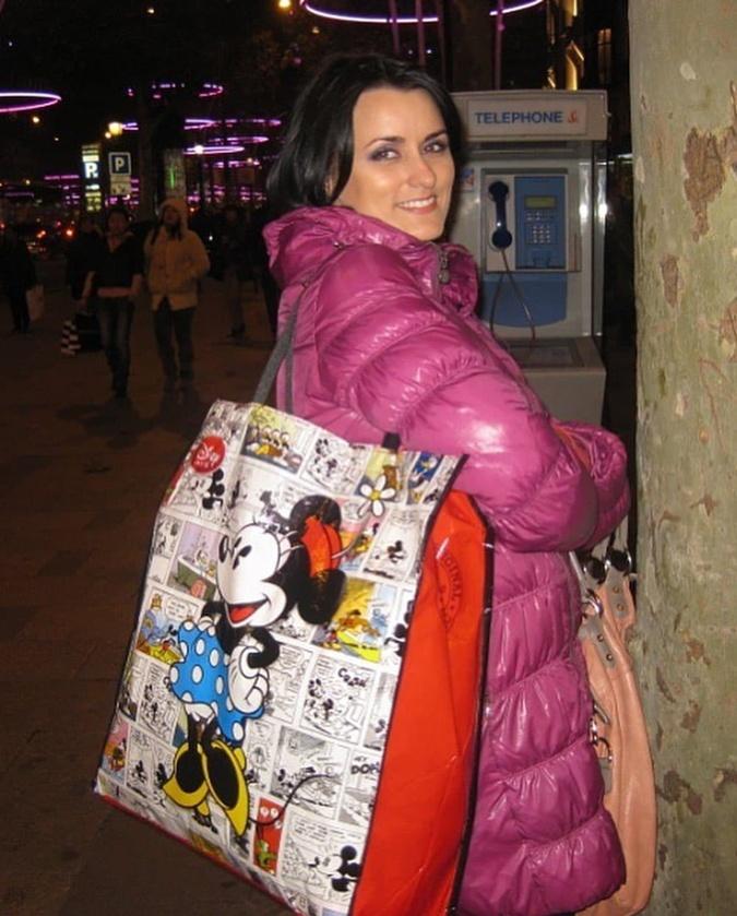 Лиза Глинская в куртке