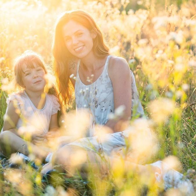 Жена Александра Ирина и дочь Алиса. Фото: Инстаграм Дмитриева