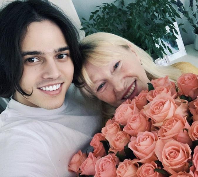 Никита Алексеев с мамой