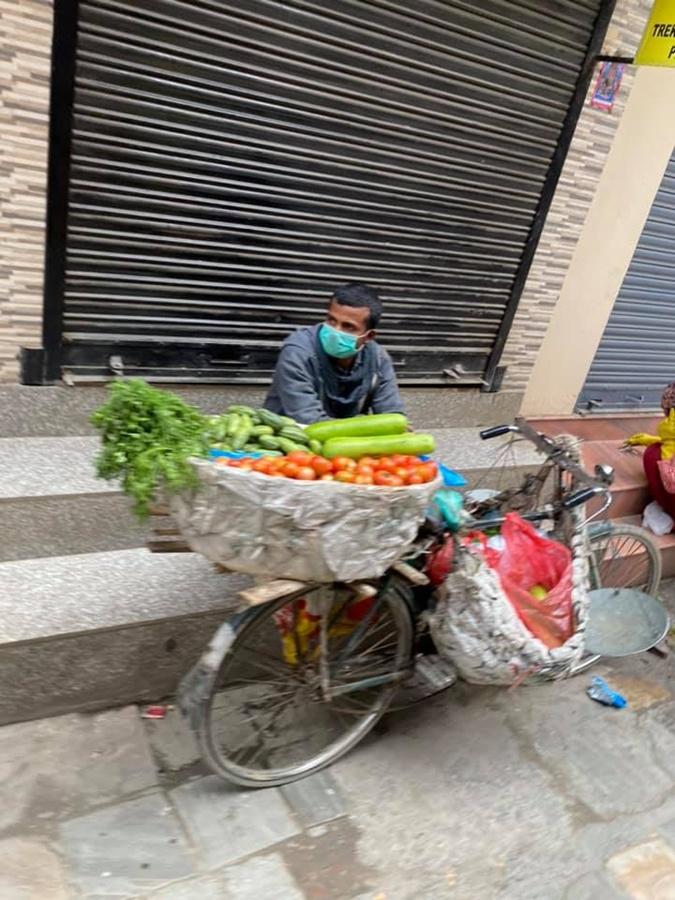 торговцы в Непале