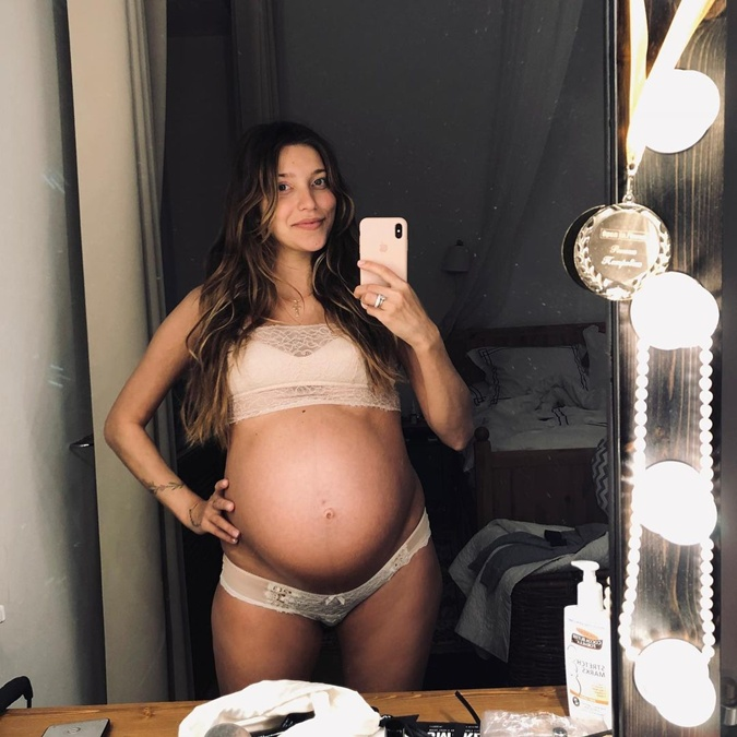 Беременная Регина Тодоренко