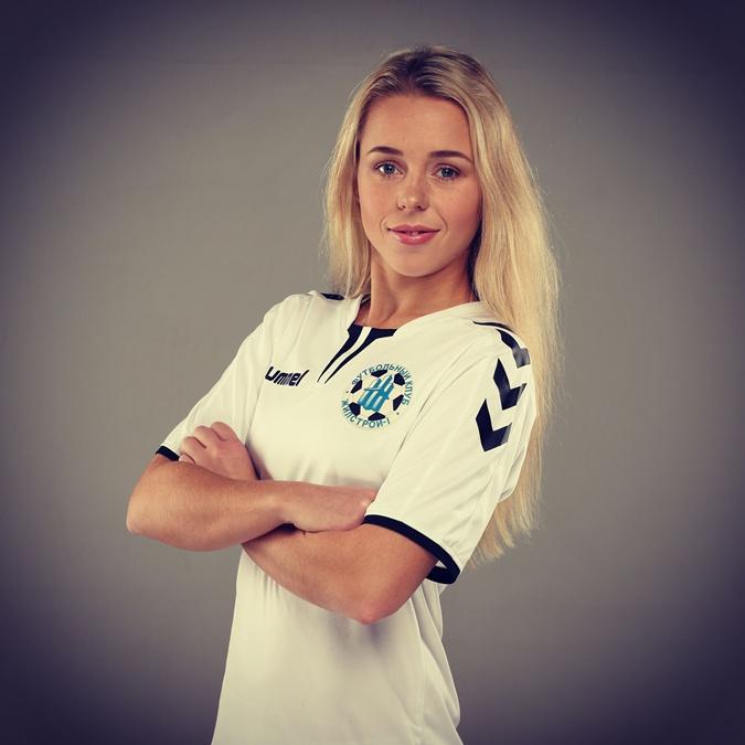 Футболистка Ирина Кочнева: Тренером должна быть женщина. Мужчинами легко манипулировать [фото]