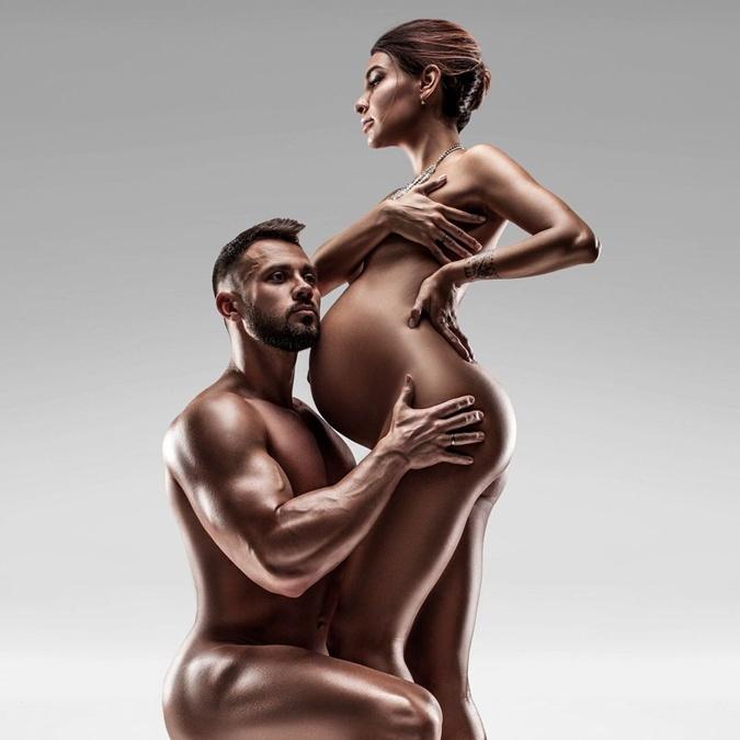 По словам Тани, люди любят смотреть на беременных девушек в Инстаграме. А на обнаженных – тем более. Фото: инстаграм