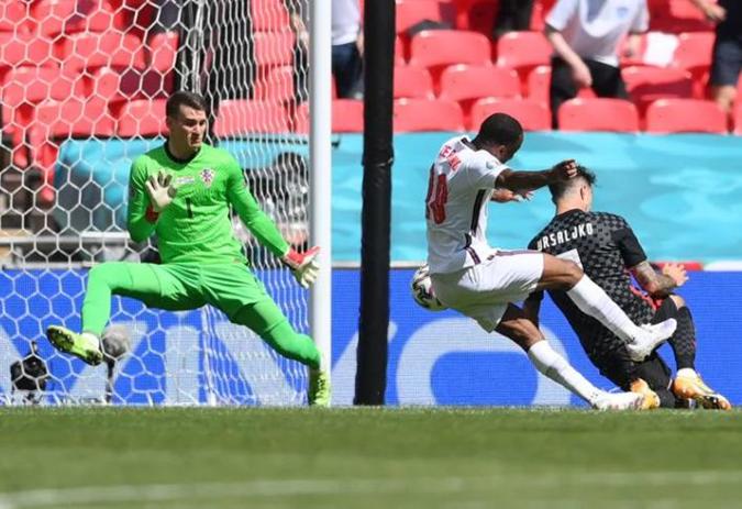 Обновленная сборная Англии смогла победить хорватов и побила рекорд молодости [фото]