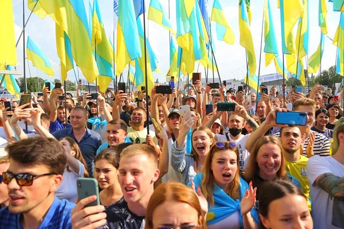 Сборная Украины вернулась с Евро-2020 фото 2