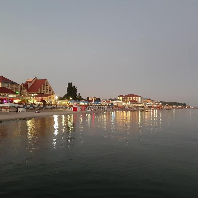 Железный порт, где в Украине отдохнуть летом
