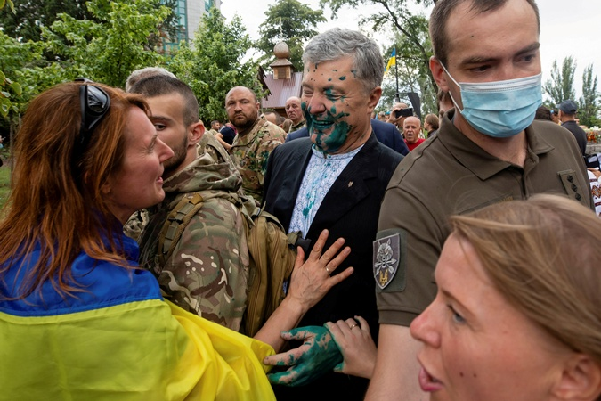 Илья Пустовгар: Я на Порошенко не нападал, меня 24-го вообще в Киеве не было  фото 2