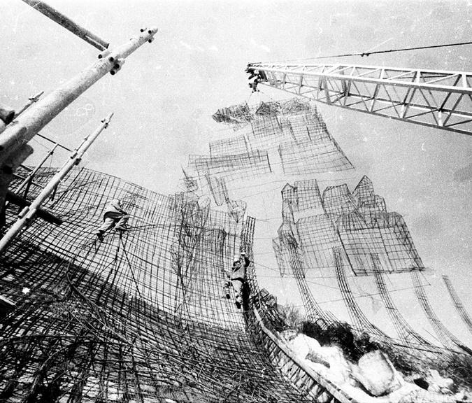 40 лет под бетонным саркофагом: на Байковом открывают уникальное произведение искусства фото 2