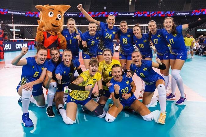 Волейболистка Анастасия Карасева - о прорыве сборной на Евро-2021, зарплатах и сложностях в поиске партнера [фото]