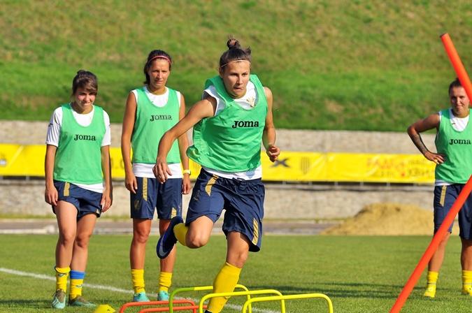 Футболистка Анна Петрик - о гендерном неравенстве, зарплатах и договорных матчах в женском футболе [фото]