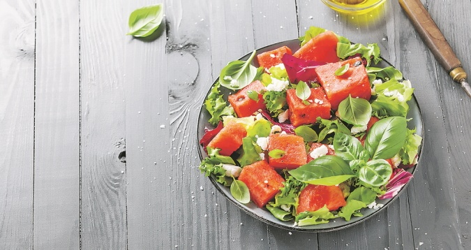 салат из арбуза и феты