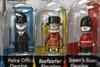 Дефицит глаз на фабрике игрушек сказался на некоторых товарах…