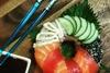 Суши в форме пончиков