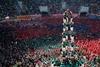 живая башня в испании
