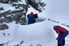 иглу у подножия горы Шпицы