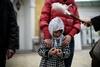 Пасхальное воскресенье, украинцы святят пасхи