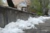 ЗАПОРОЖЬЕ: дороги высохли, но снег еще остался