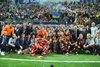 Целовали Кубок, резвились как дети и фотографировались:  Шахтер  отметил выигрыш трофея